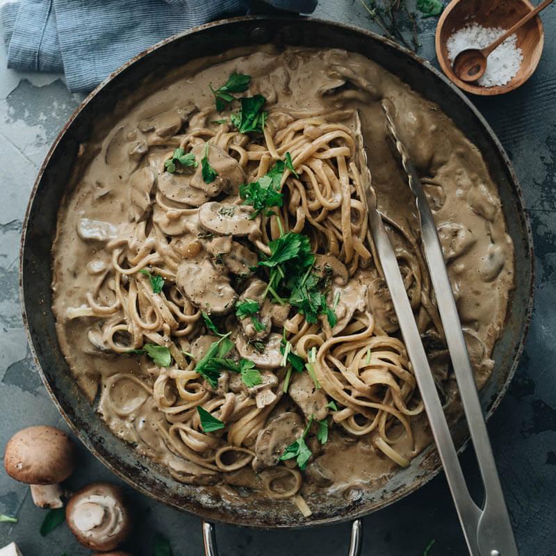 Creamy Vegan Mushroom Pasta Gastroplant