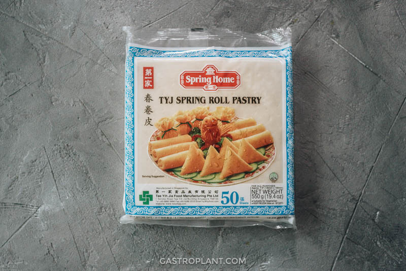 Spring roll wrappers in package