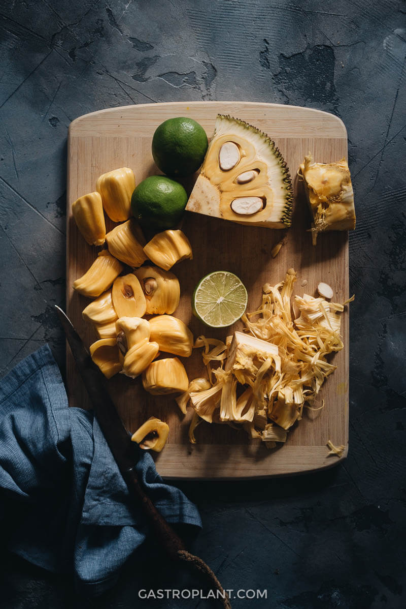 Ingredients for the Healthy 3-Ingredient Jackfruit Smoothie