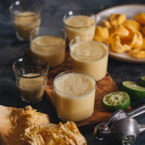 Easy Healthy 3-Ingredient Jackfruit Smoothie
