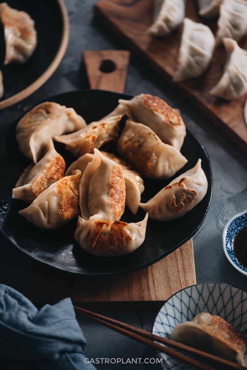 Pan-fried vegan mushroom dumplings