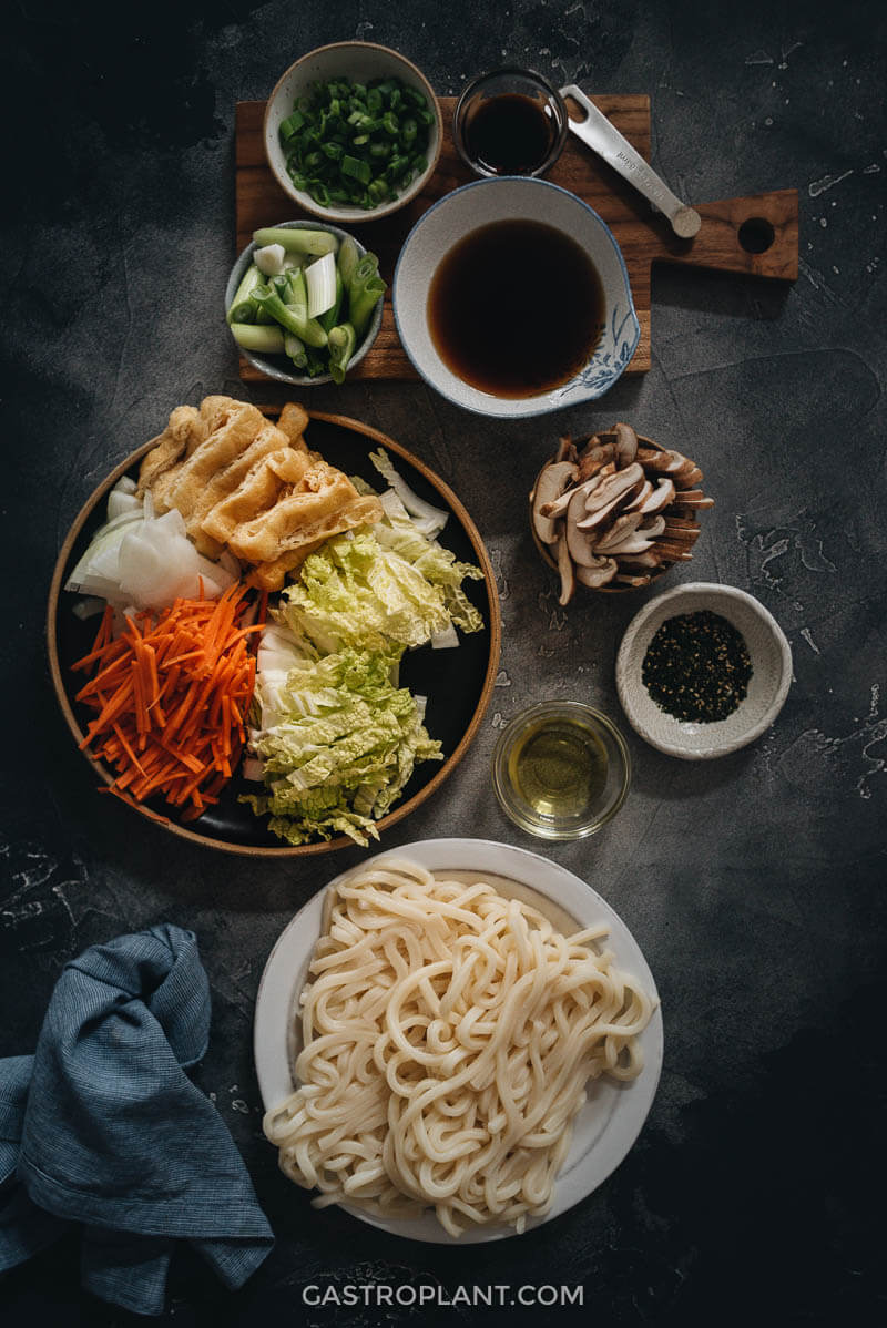 Ingredients for a quick and easy vegan yaki udon