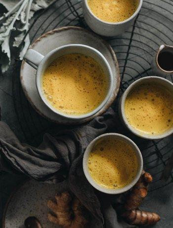 Calming vegan turmeric latte