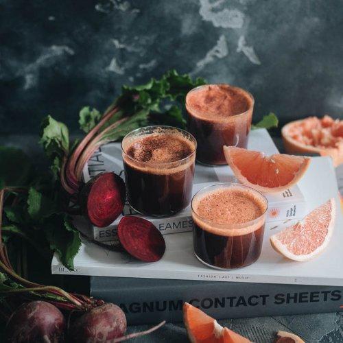 Easy Healthy Refreshing 4-Ingredient Beet Smoothie