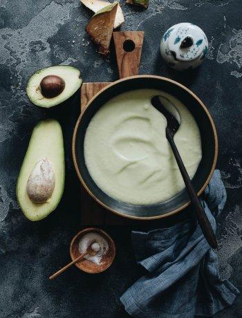 Easy vegan chilled avocado soup