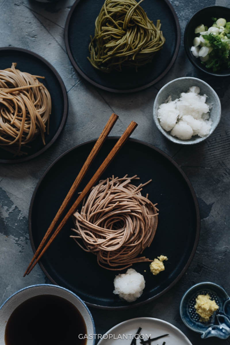 Cold buckwheat soba noodles with tsuyu dipping sauce