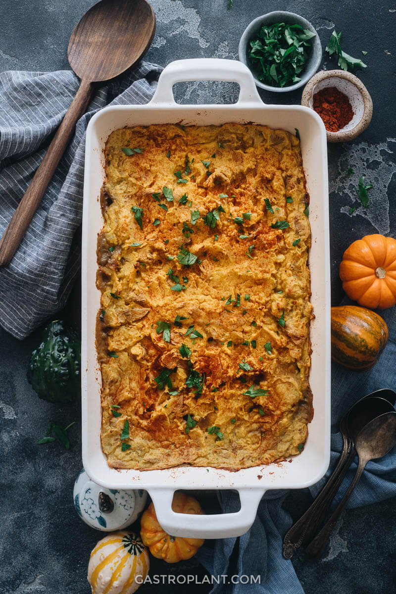 Vegan shepherd's pie for autumn dinner