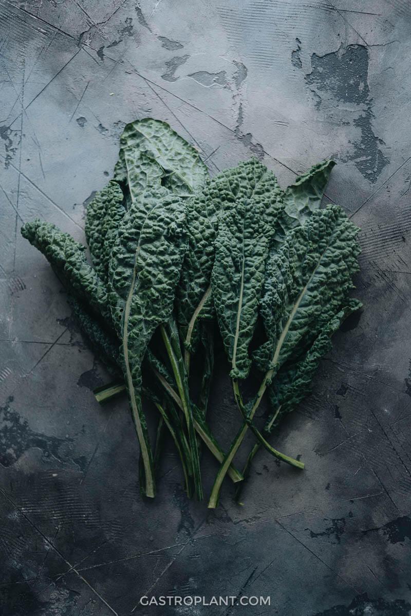 Lacinato Kale Leaves