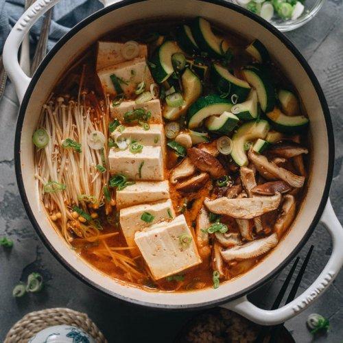 Vegan kimchi jjigae in an enamel Vermicular pot