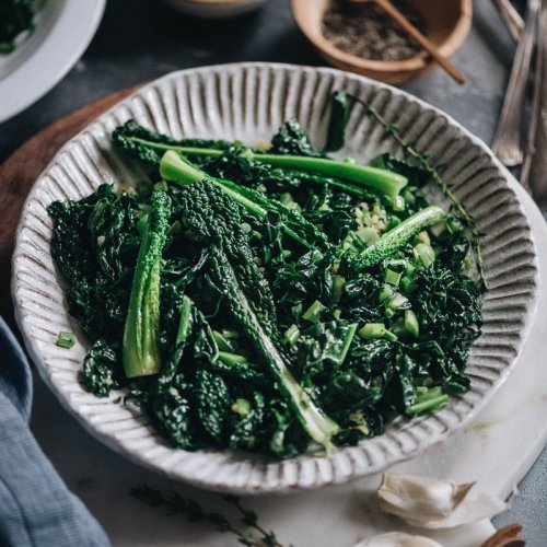 Quick 3-Ingredient Sauteed Kale Stir Fry