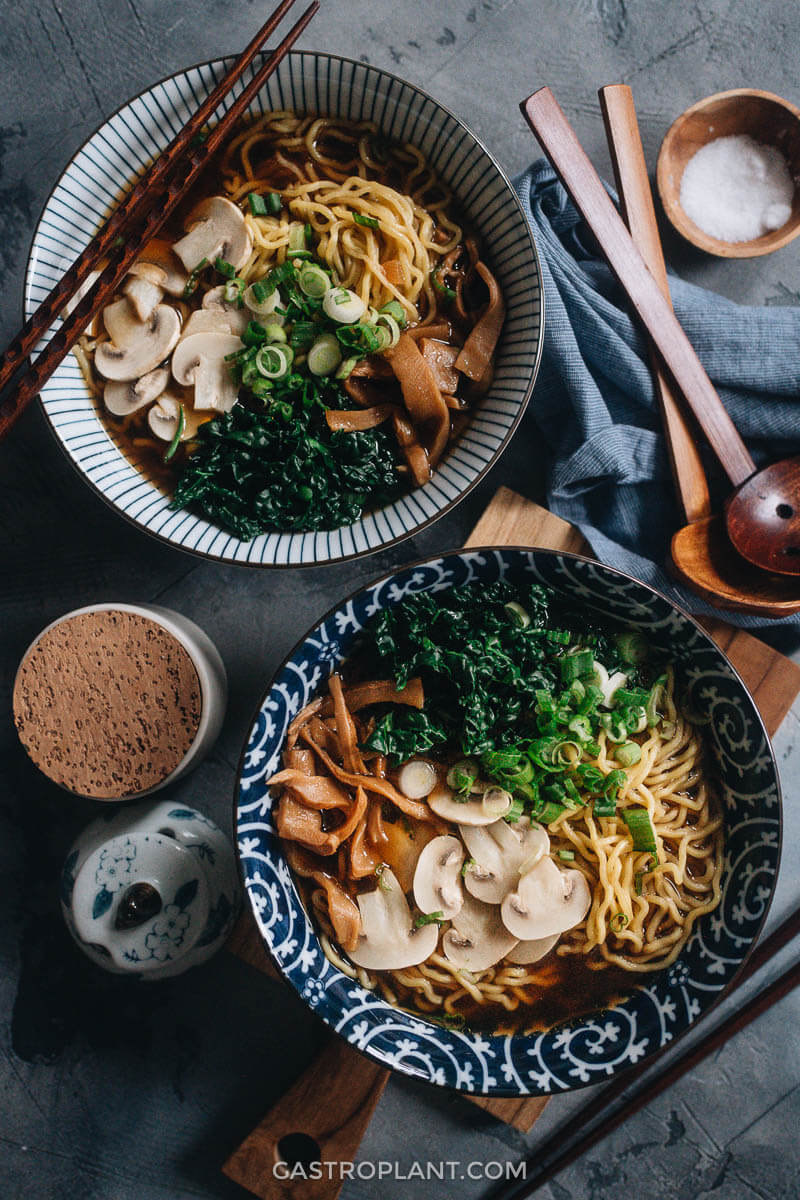 Two bowls of vegan shoyu ramen noodle soup